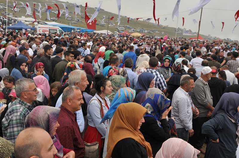 On binler Sultanmurat'ta buluştu 39
