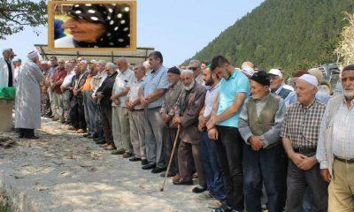 Gürpınar'da Ayşe Öztürk toprağa verildi
