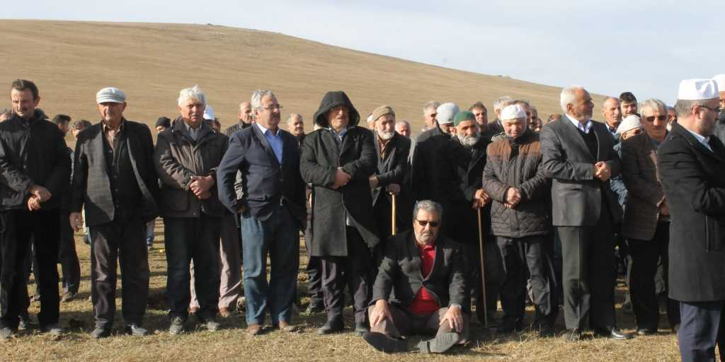 Çayıroba'da Ayşe Biberoğlu Toprağa verildi 8