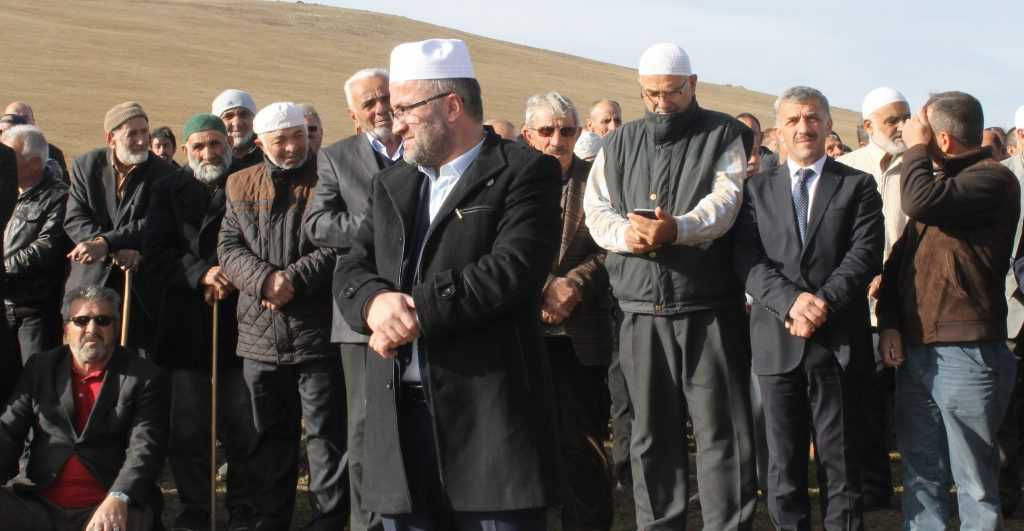 Çayıroba'da Ayşe Biberoğlu Toprağa verildi 10