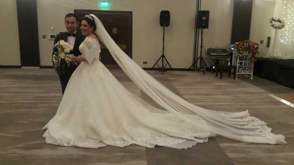Fatma Aktaş kızı Hatice'yi evlendirdi 3