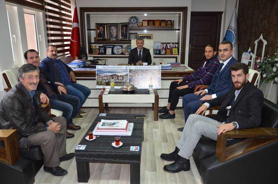 Milli futbolcu Yusuf Yazıcı Çaykara'da öğrencilerle buluştu 3