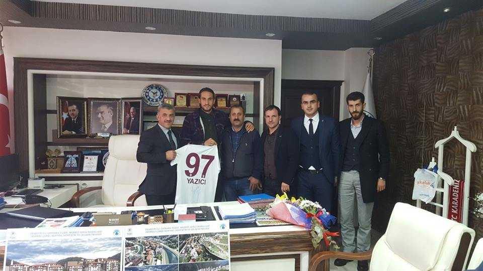 Milli futbolcu Yusuf Yazıcı Çaykara'da öğrencilerle buluştu 15