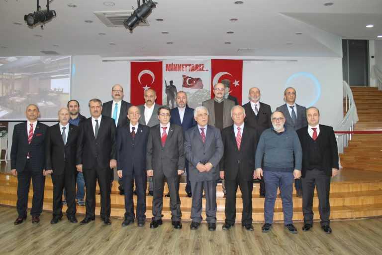 Çaykara-Dernekpazarlılar Mehmetçik'e destek için kucaklaştı 7