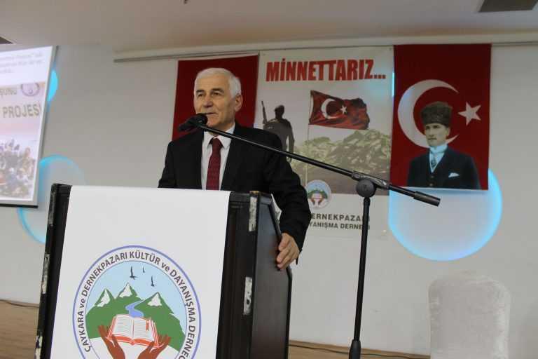 Çaykara-Dernekpazarlılar Mehmetçik'e destek için kucaklaştı 10