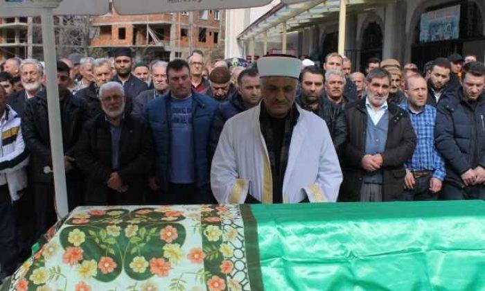Taşkıran'da Hanife Kaplan Toprağa verildi
