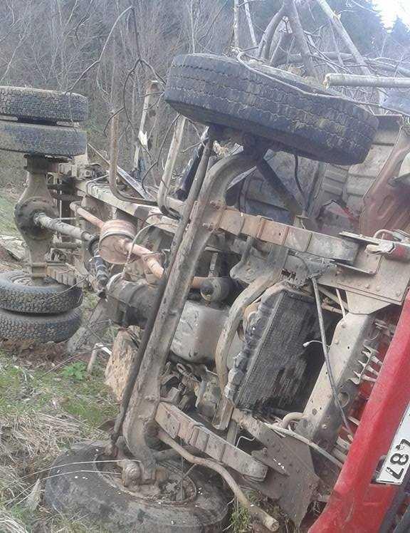 Taşkıran mahallesinde trafik kazası 6