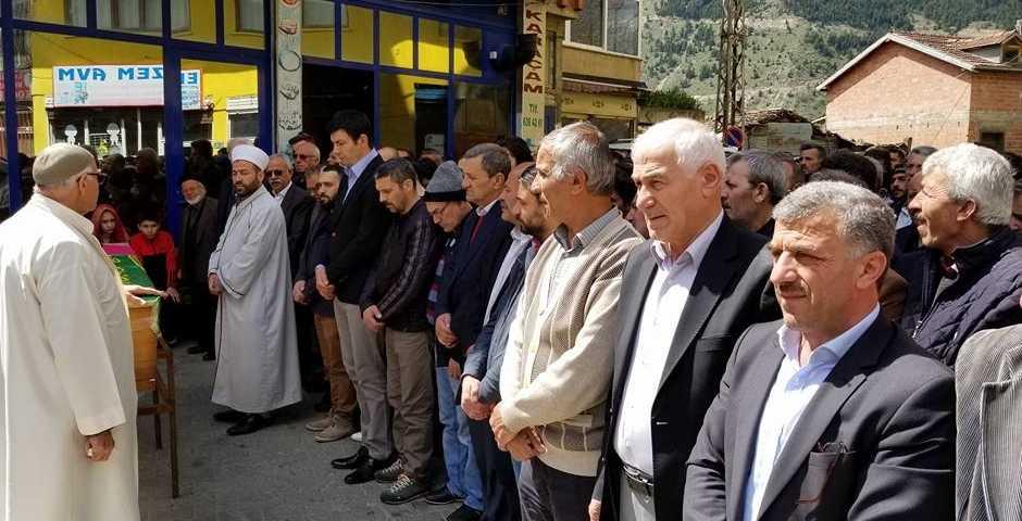 Karaçam'da Şakire Şener toprağa verildi 2