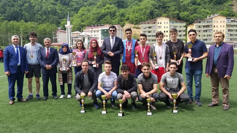 19 Mayıs Gençlik Haftası Çaykara'da coşkuyla kutlandı 4