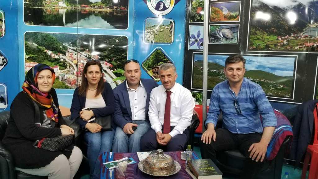 Trabzon günlerinde Çaykara standına yoğun ilgi 4
