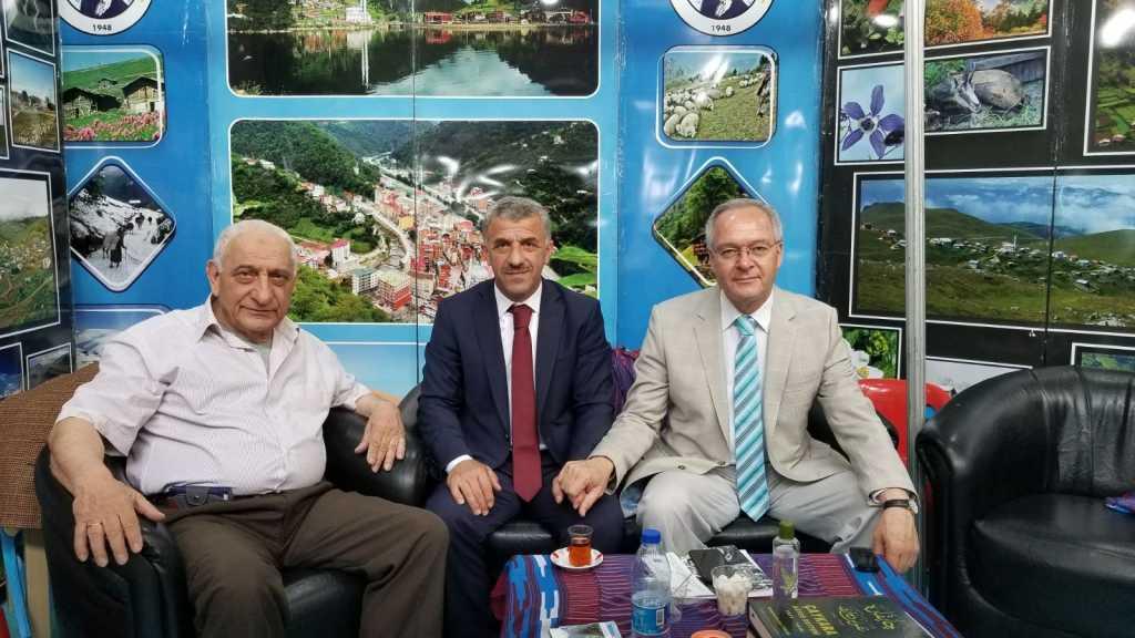Trabzon günlerinde Çaykara standına yoğun ilgi 1