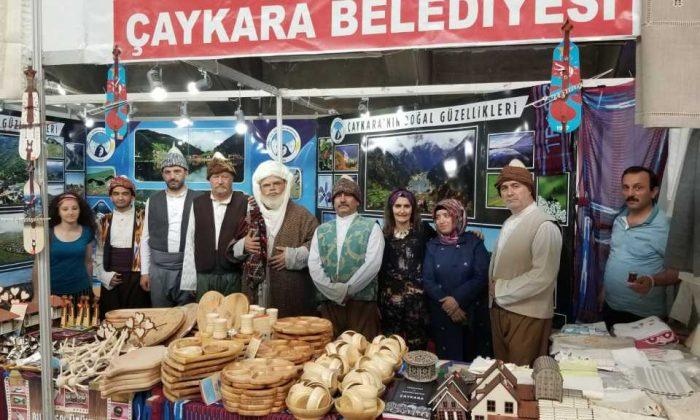 Trabzon günlerinde Çaykara standına yoğun ilgi