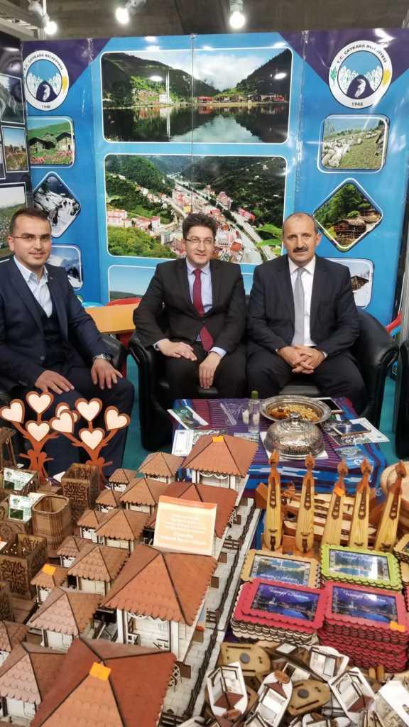Trabzon günlerinde Çaykara standına yoğun ilgi 14