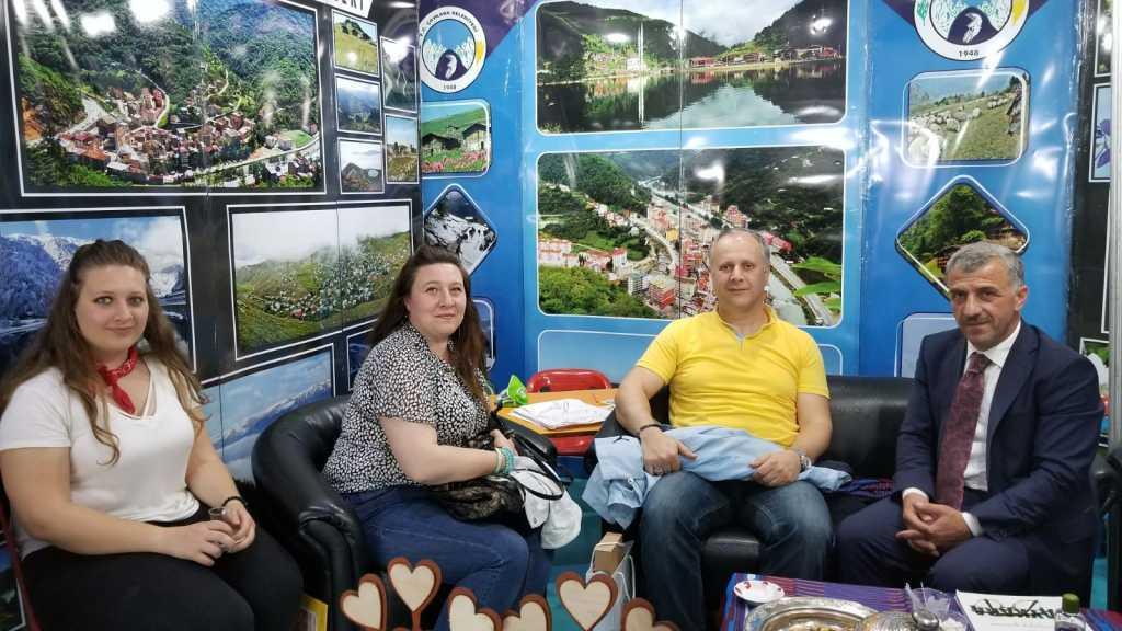 Trabzon günlerinde Çaykara standına yoğun ilgi 3