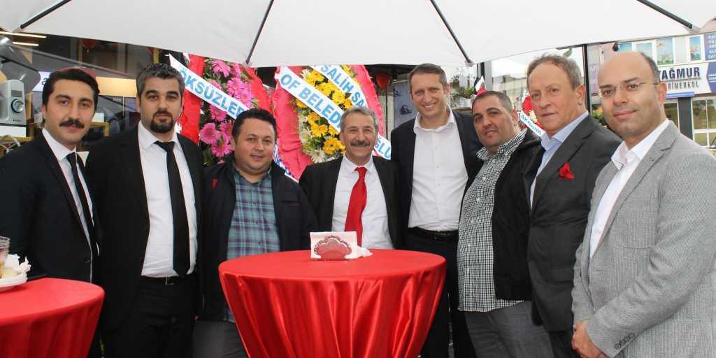 Çaykaralı iş adamı Mustafa Koçin ikinci mağazasını açtı 3