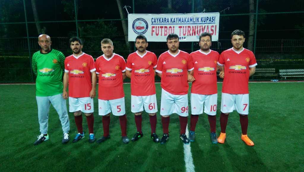 Çaykara Kaymakamlık Kupası Halı Saha Turnuvası Başladı, 3 maç oynandı 7