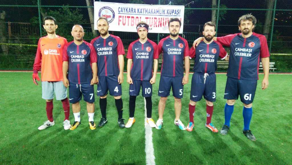 Çaykara Kaymakamlık Kupası Halı Saha Turnuvası Başladı, 3 maç oynandı 6