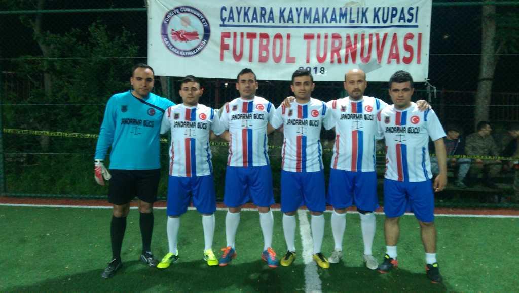 Çaykara Kaymakamlık Kupası Halı Saha Turnuvası Başladı, 3 maç oynandı 4