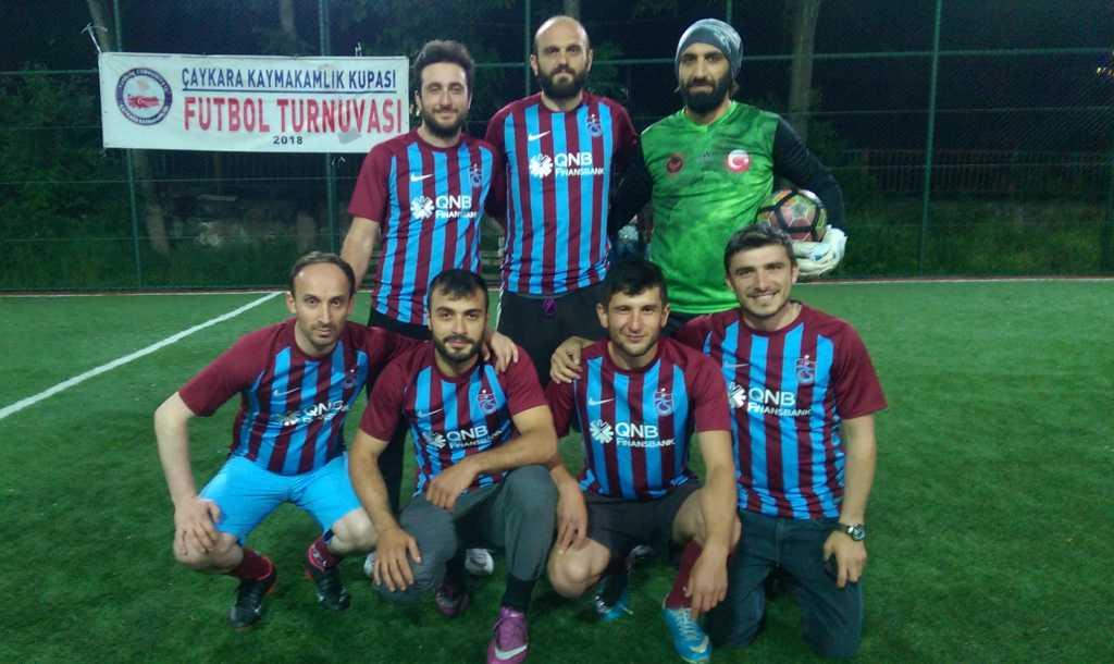 Çaykara Kaymakamlık Kupası Halı Saha Turnuvası Başladı, 3 maç oynandı 2