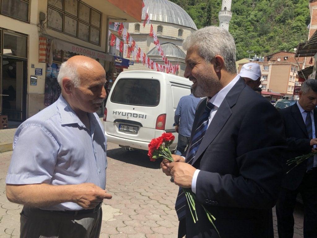 Ak Parti adaylarından Çaykara çıkarması 10