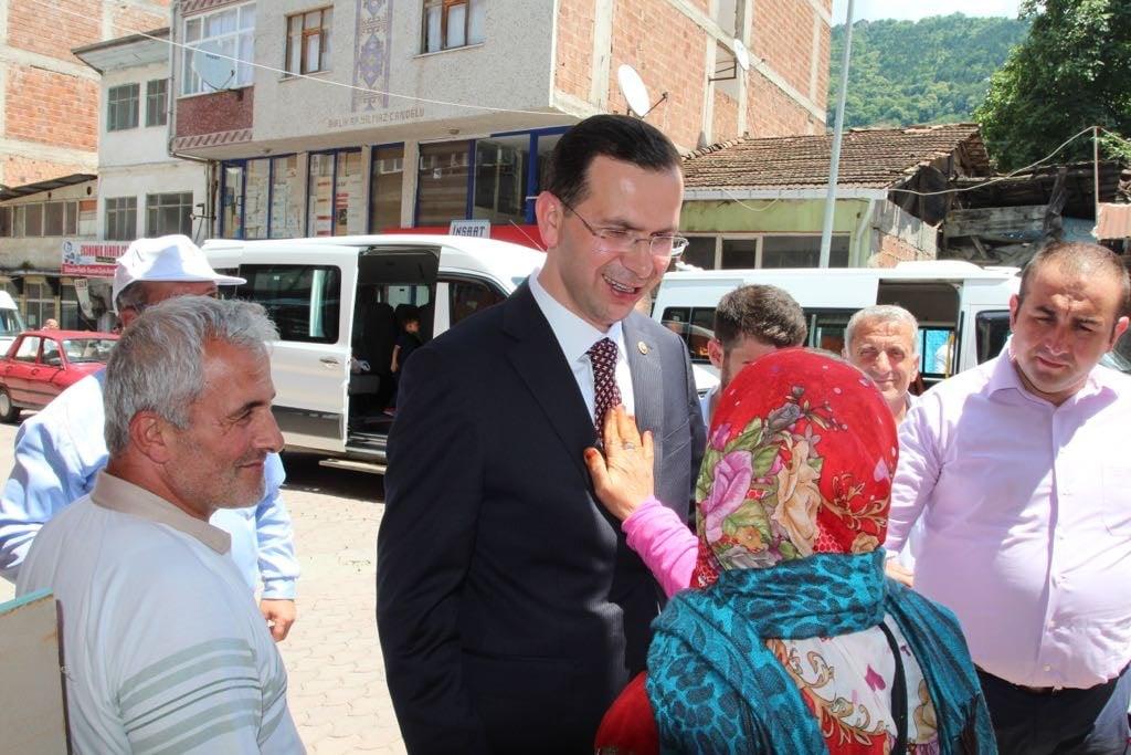 Ak Parti adaylarından Çaykara çıkarması 16