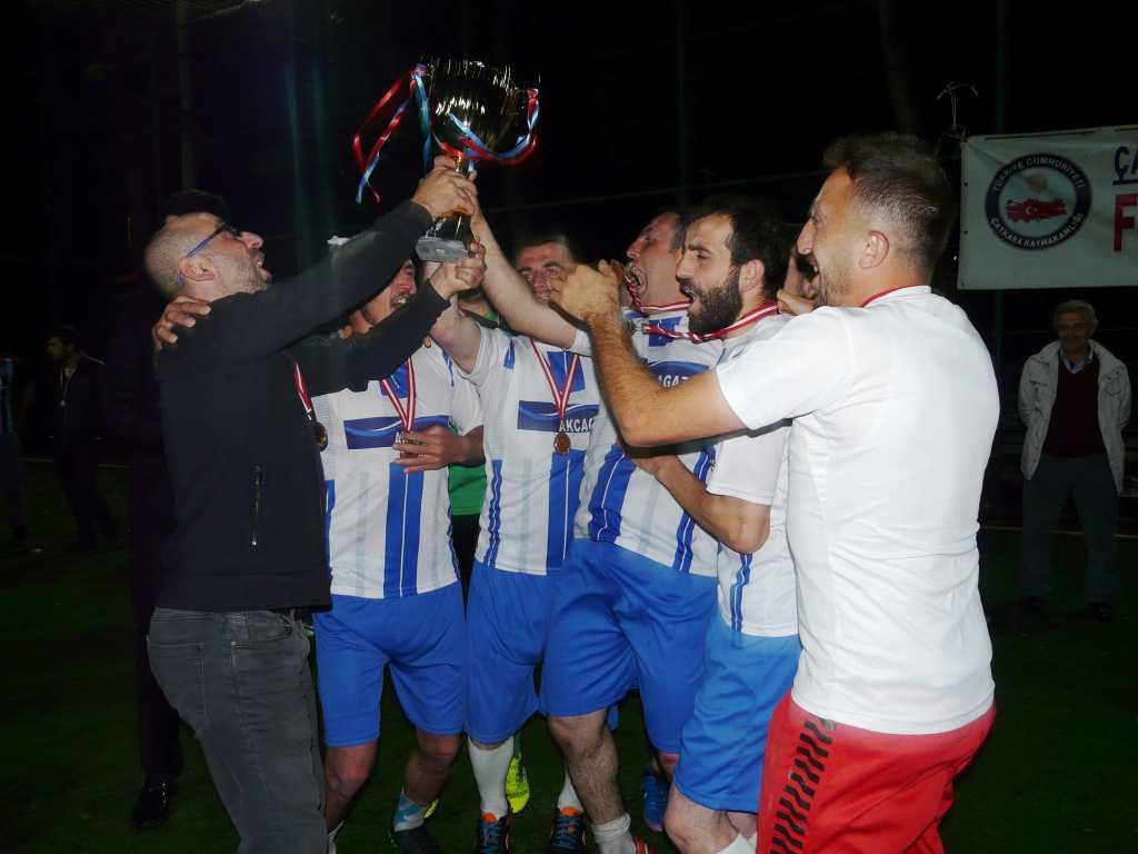 Çaykara Kaymakamlık Kupası Şampiyonu Eğridere 8