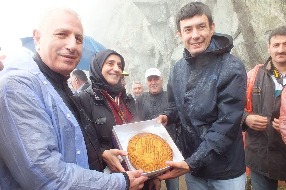 Trabzon Derebaşı'na aktı 11