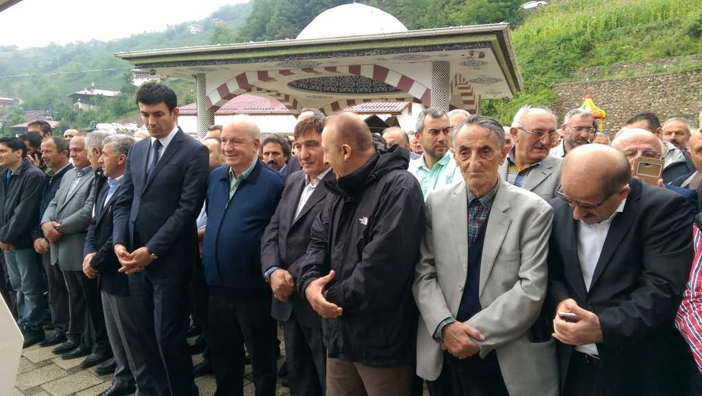 Mehmet Şahin dualarla toprağa verildi 4