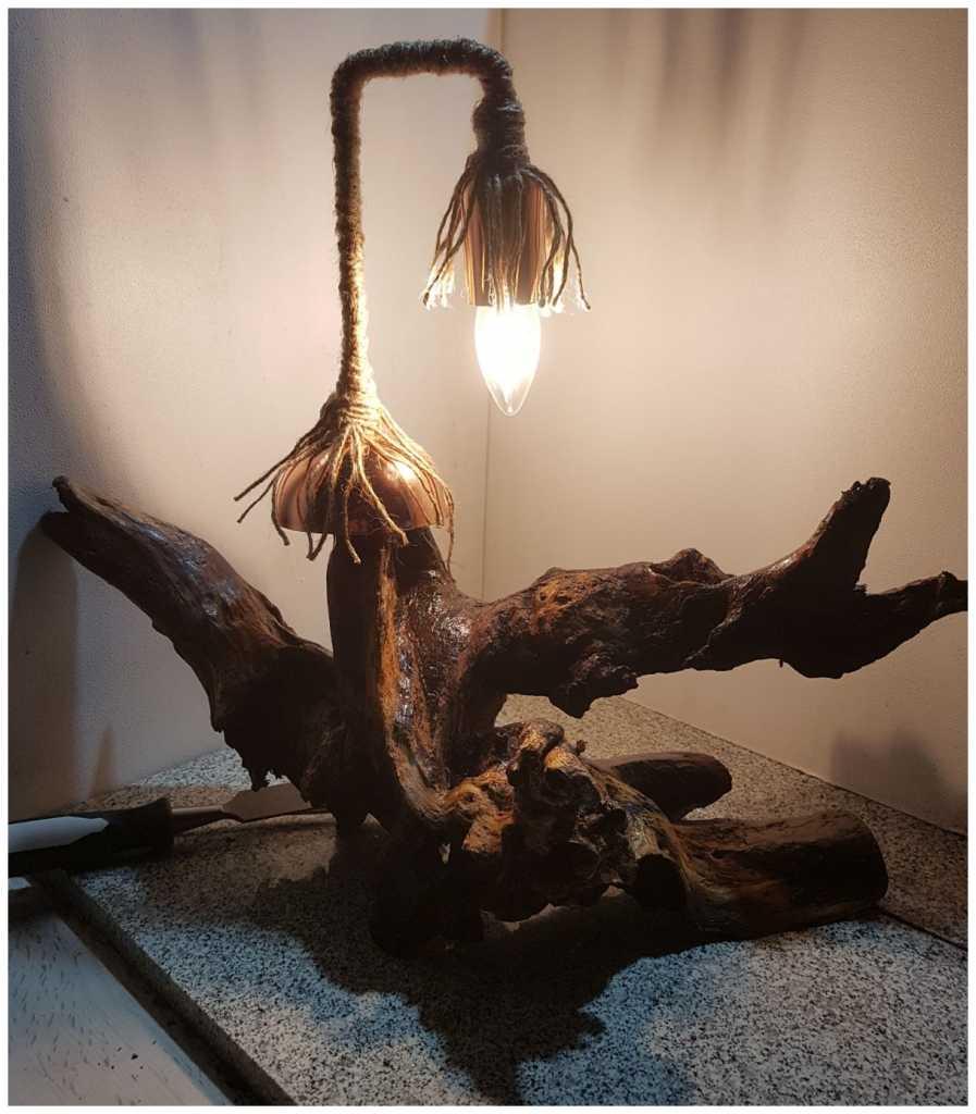 Ağaç köklerini sanat eserine dönüştürüyor 2