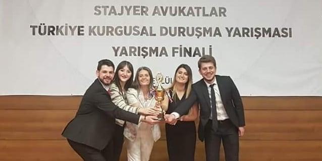 Stajyer Avukat Türkiye ikincisi oldu 1