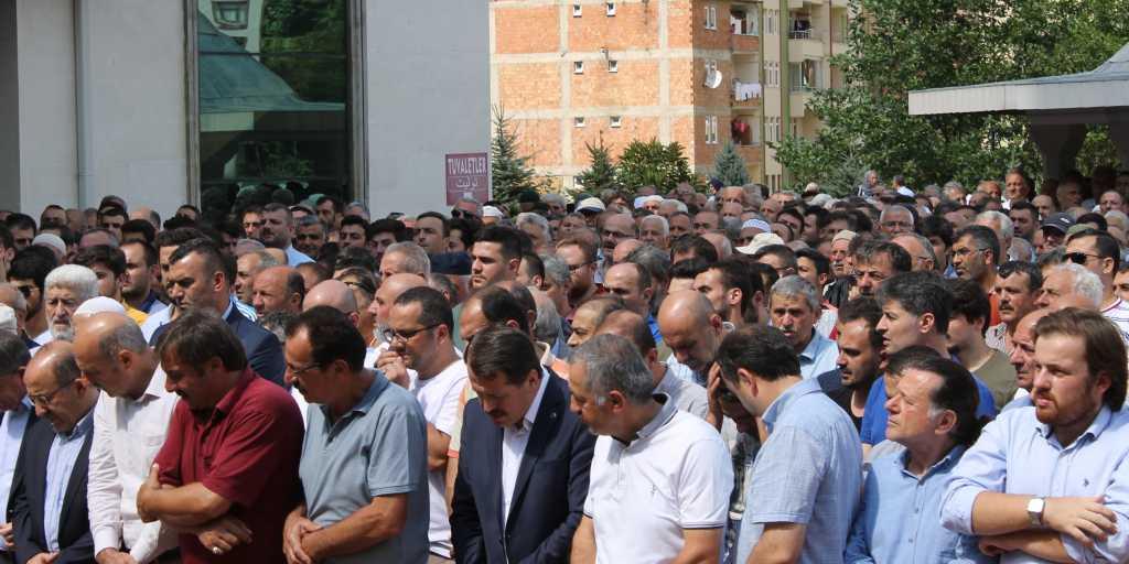 Mehmet Kazancı Çaykara'yı yasa boğdu 6
