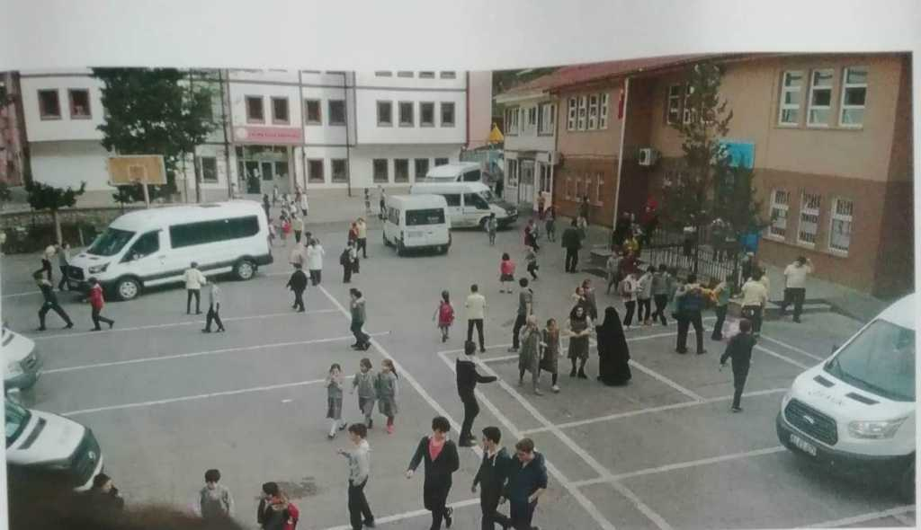 Bu okul Çaykara'ya yakışmıyor 3