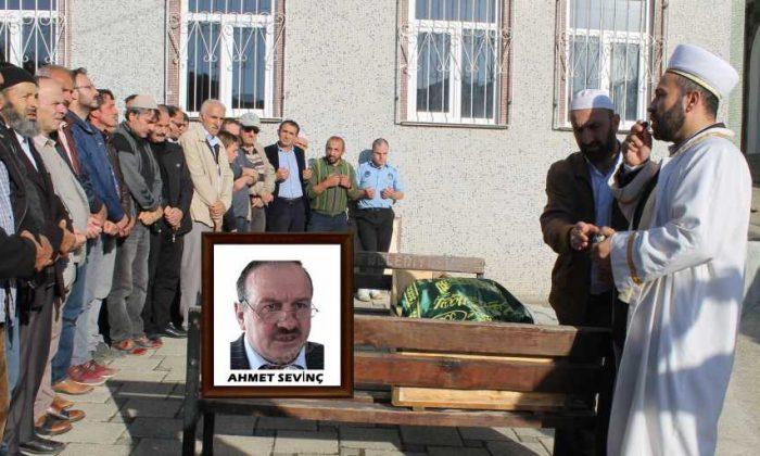 Ahmet Sevinç'i birlerce kişi uğurladı.