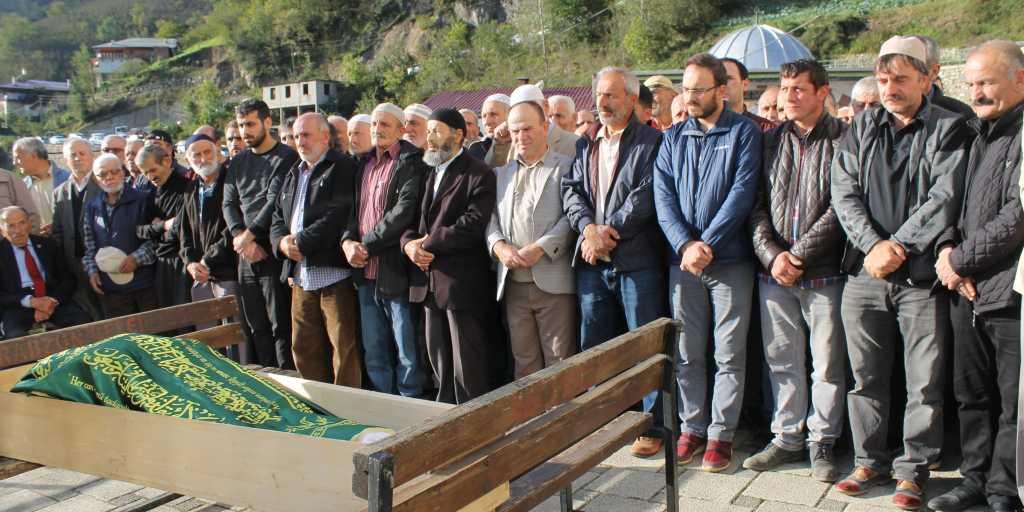 Ahmet Sevinç'i birlerce kişi uğurladı. 8