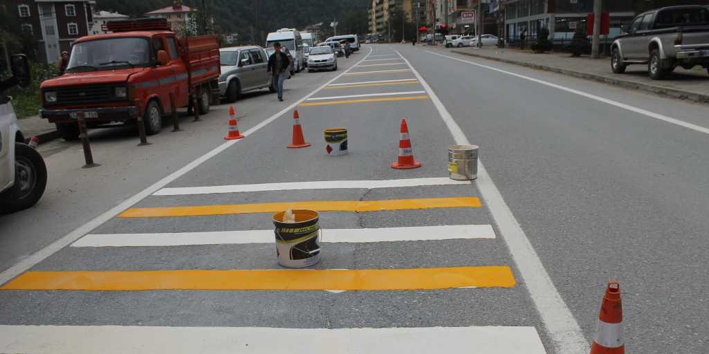 Okul Önlerinde Trafik Güvenliği Sağlanacak 8