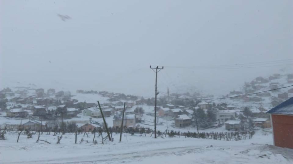 Çaykara yaylalarına mevsimin ilk kar'ı düştü 2018 4