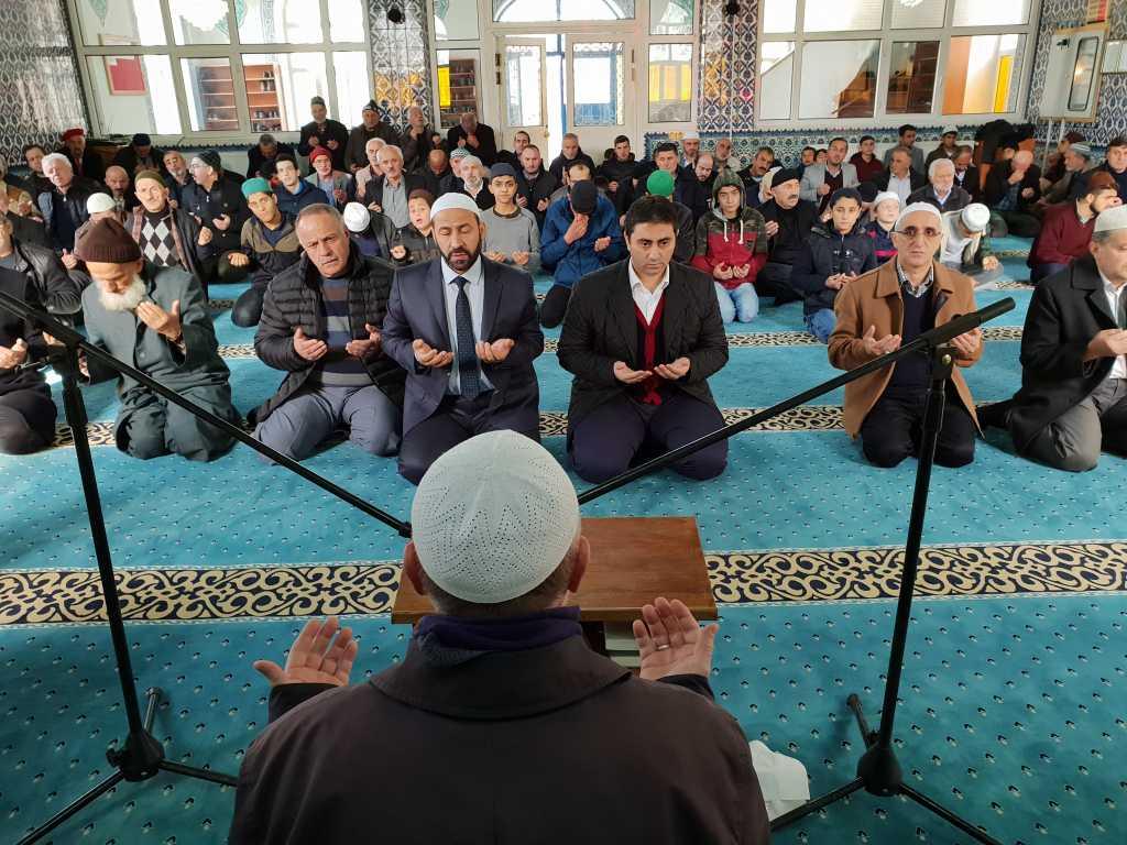 Hacı Ferşad Efendi Kur'an Kurslarında hafızlık İcazeti ve Kur'an ziyafeti gerçekleştirildi 5