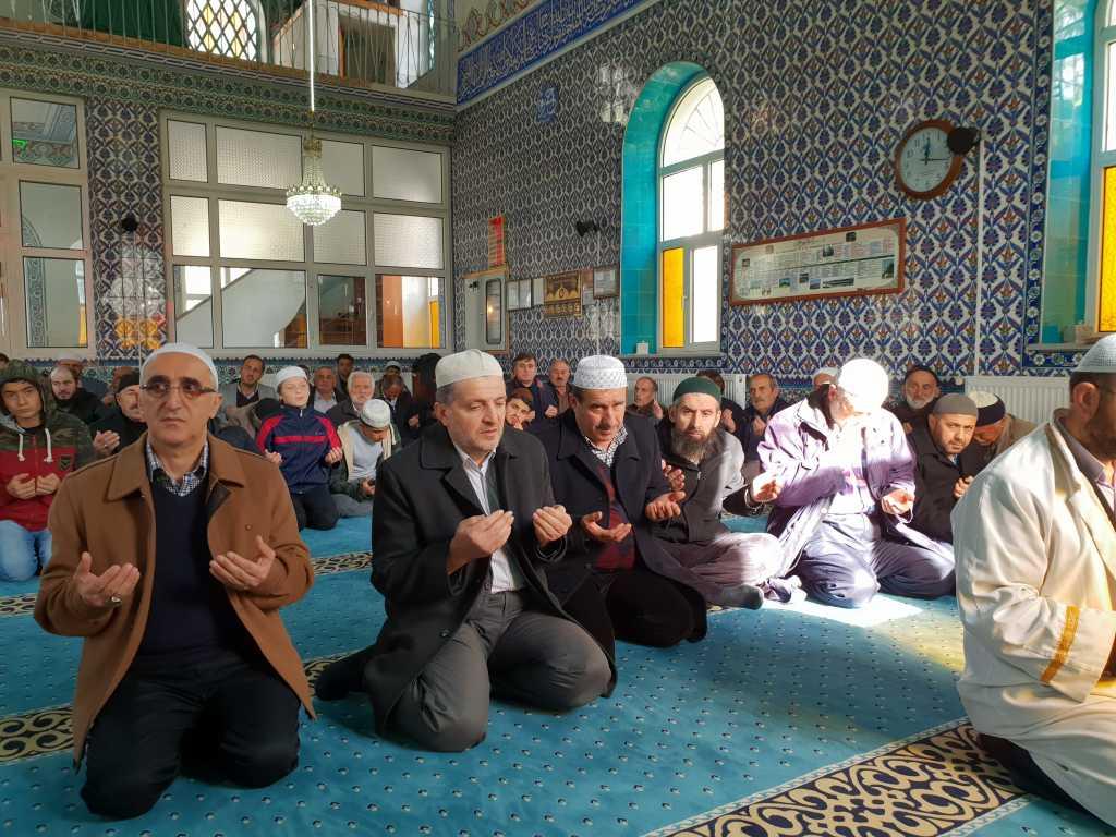 Hacı Ferşad Efendi Kur'an Kurslarında hafızlık İcazeti ve Kur'an ziyafeti gerçekleştirildi 6