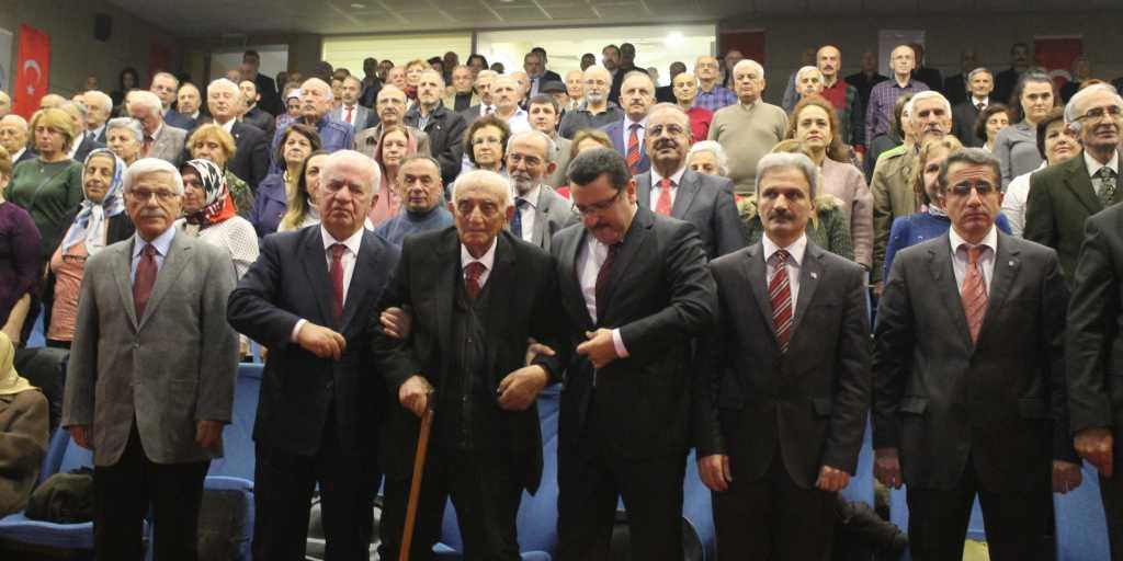 Trabzon'un efsane öğretmeni, asırlık çınar Ahmet Gürsoy unutulmadı! 1