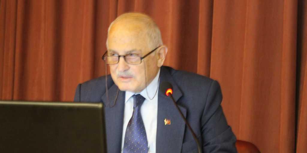 Trabzon'un efsane öğretmeni, asırlık çınar Ahmet Gürsoy unutulmadı! 13