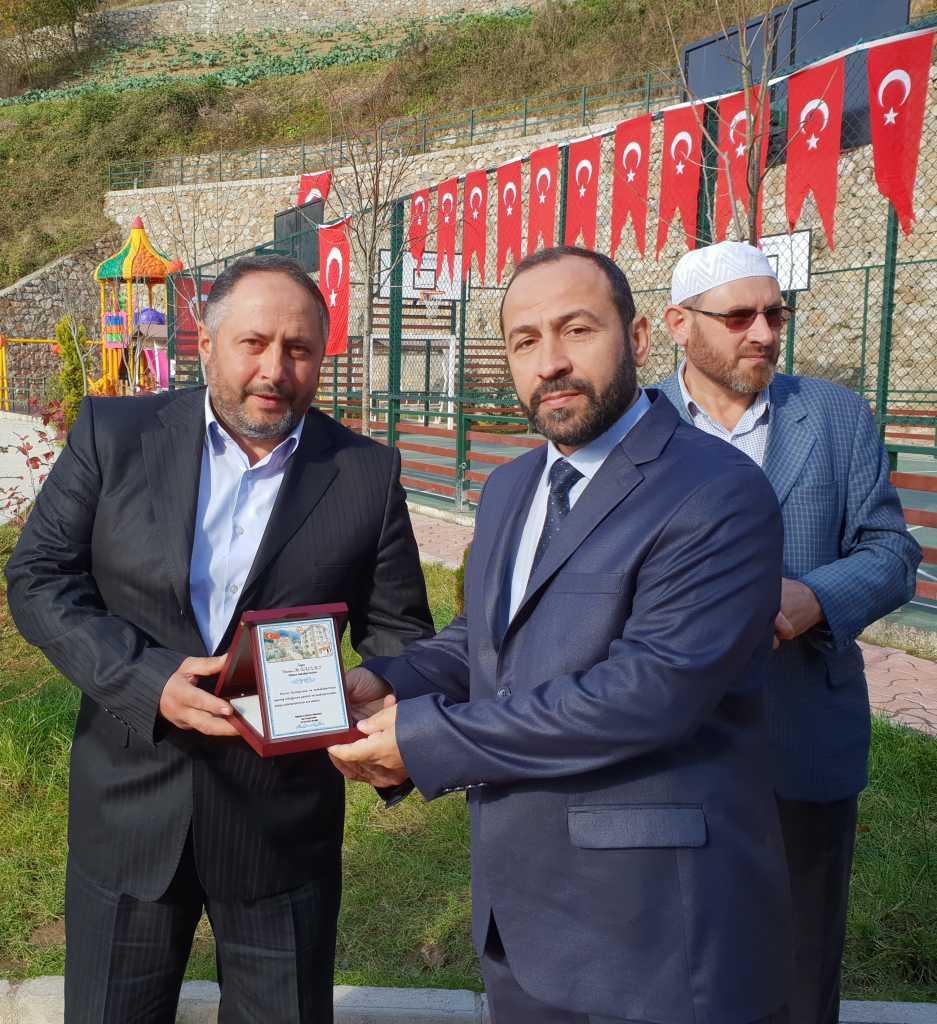 Kur'an kursuna ait modern spor sahası ve oyun parkının açılısı yapıldı 11