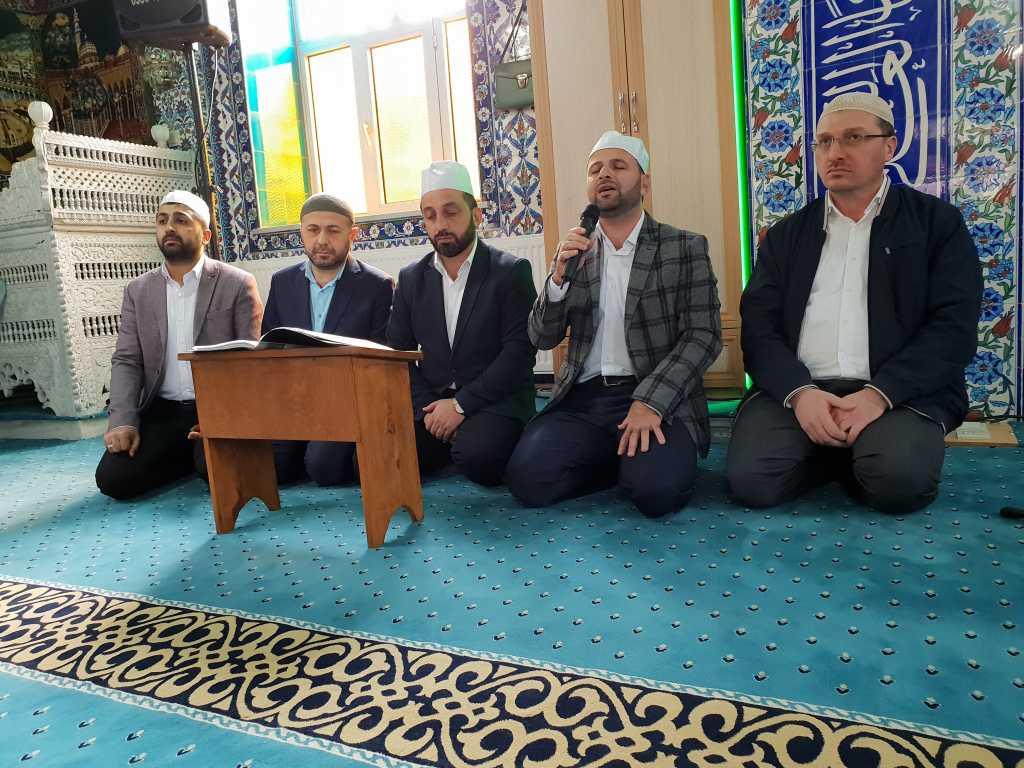 Hacı Ferşad Efendi Kur'an Kurslarında hafızlık İcazeti ve Kur'an ziyafeti gerçekleştirildi 4