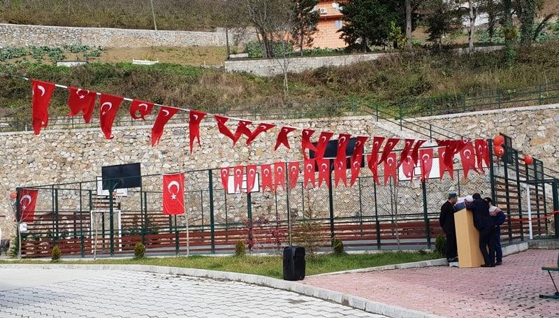 Kur'an kursuna ait modern spor sahası ve oyun parkının açılısı yapıldı 1