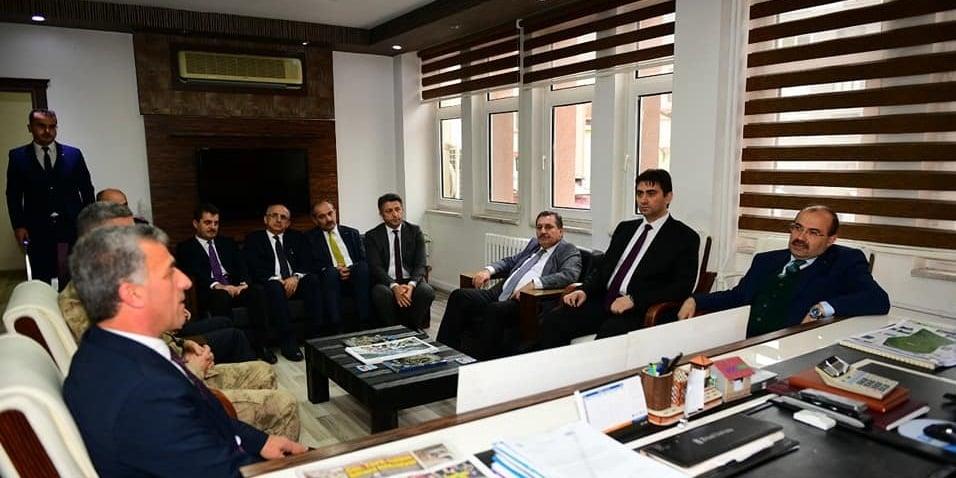 Vali Ustaoğlu'ndan Çaykara'ya ziyaret 4