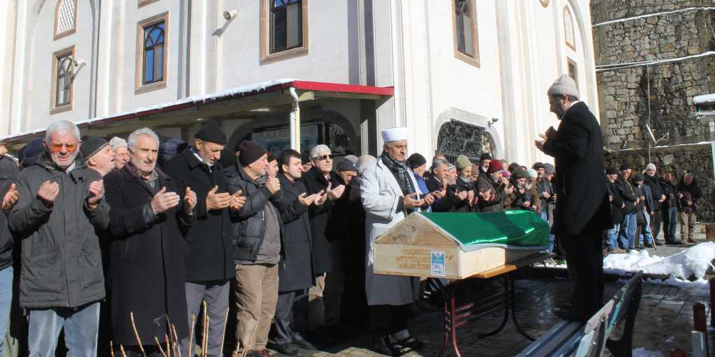 Ahmet Ağırman'a son görev 9