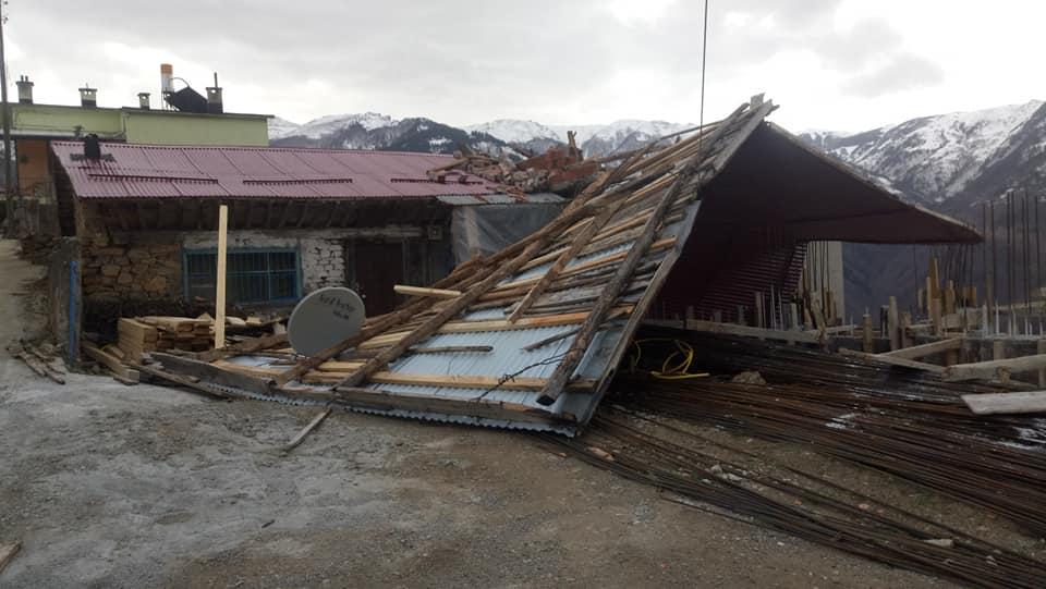 Fırtına Çaykara'yı yıktı geçti 7