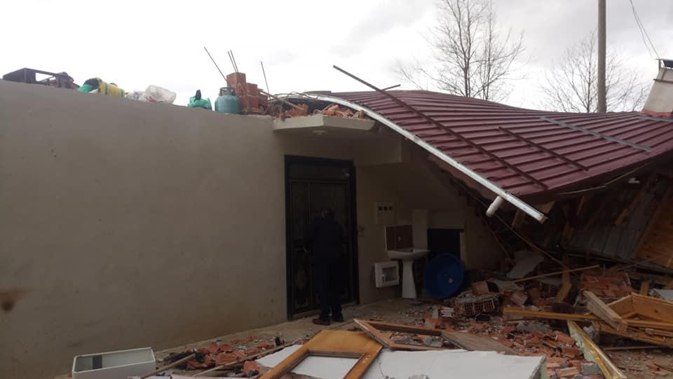Fırtına Çaykara'yı yıktı geçti 9