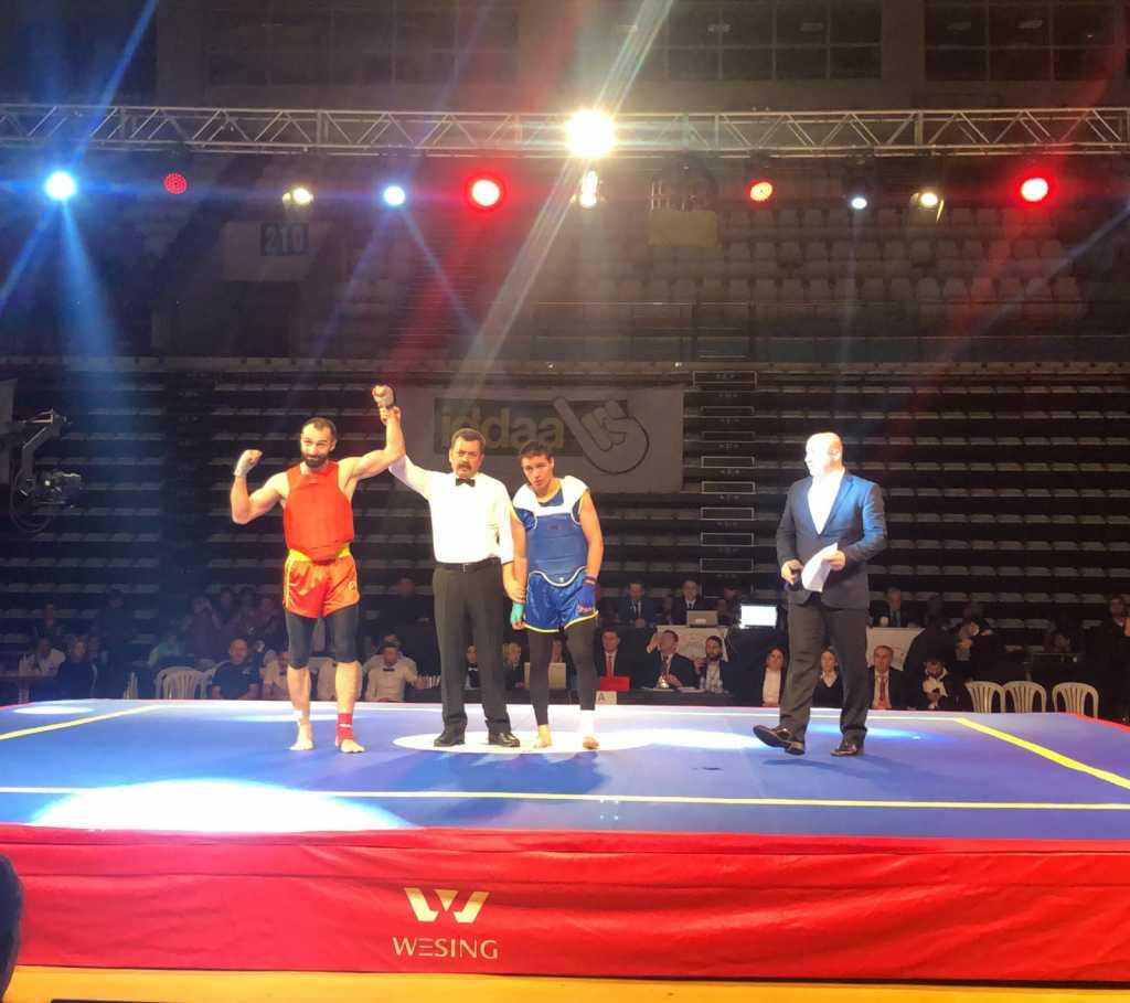 Bir Şampiyon da Wushu-Kungfu da 3