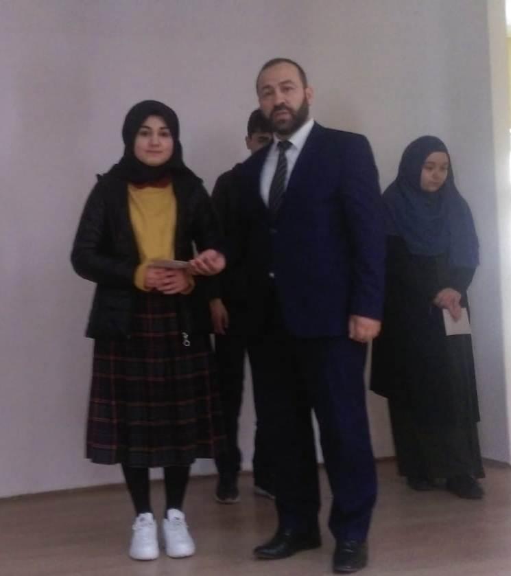 """Çaykara'da Liseler arası """"Çanakkale Şehitlerine"""" şiir okuma yarışması düzenlendi 1"""
