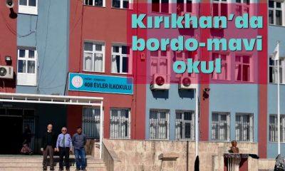 Kırıkhan'da bordo mavi okul